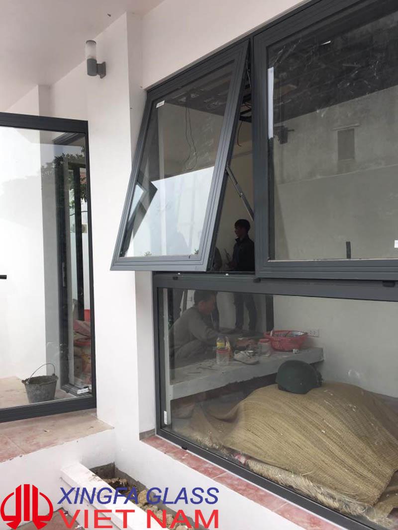 Mẫu cửa sổ mở hất nhôm Xingfa hệ 55