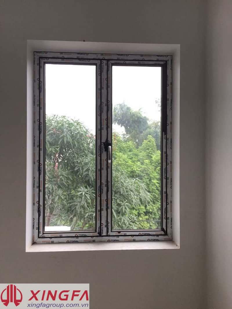 Cửa sổ mở quay nhôm Topal