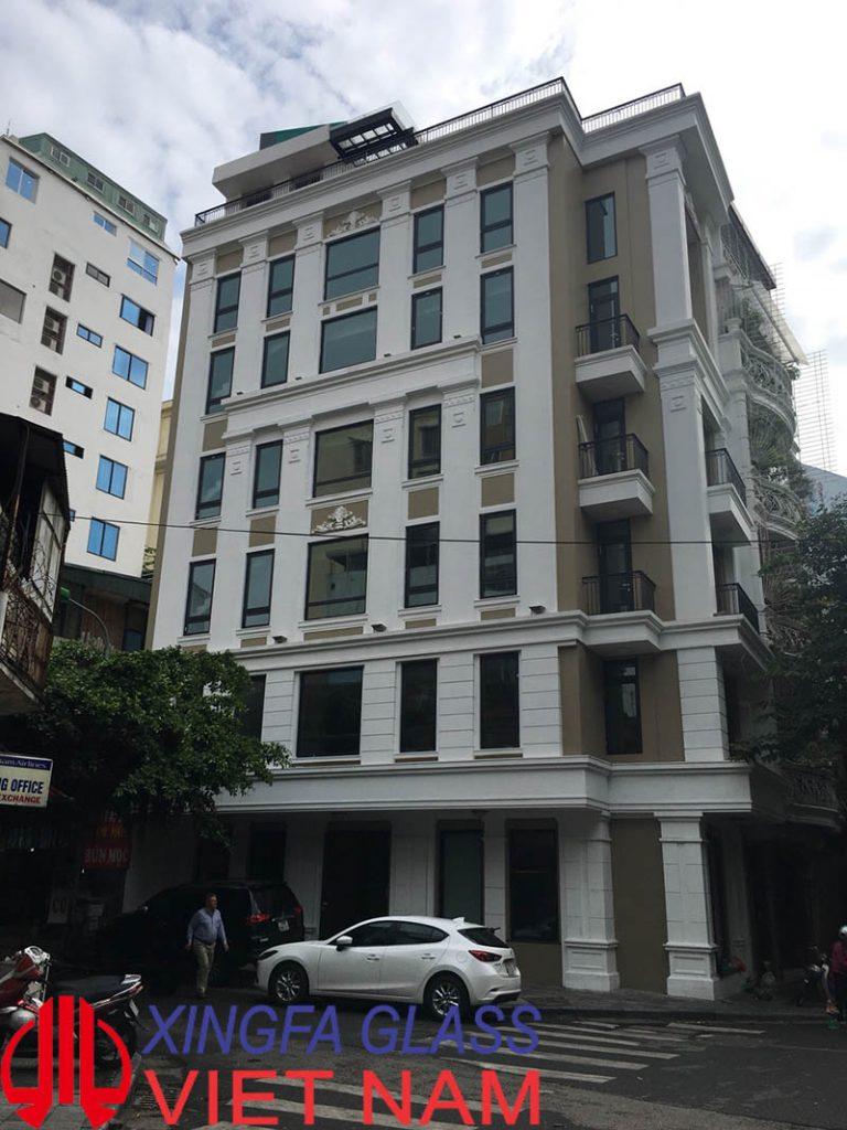 Khách sạn cao cấp tại số 10 Bảo Khánh Hà Nội sử dụng cửa nhôm XINGFA nhập khẩu